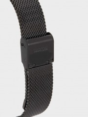 Watch With Stainless Steel Mesh Strap Часовник със стоманена каишка
