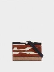 Milk Crossbody Bag With Patchwork Design Чанта с естествен косъм