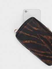 Lucy Phone Case Кейс за телефон с дълга дръжка