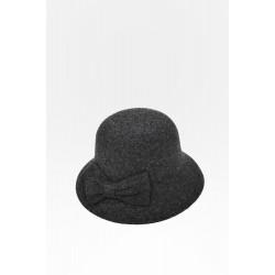 Елегантна зимна шапка HT4